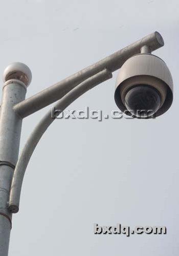 监控杆网提供生产普通照明灯杆厂家