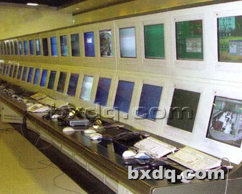 监控杆网提供生产大型指挥监控操作台厂家