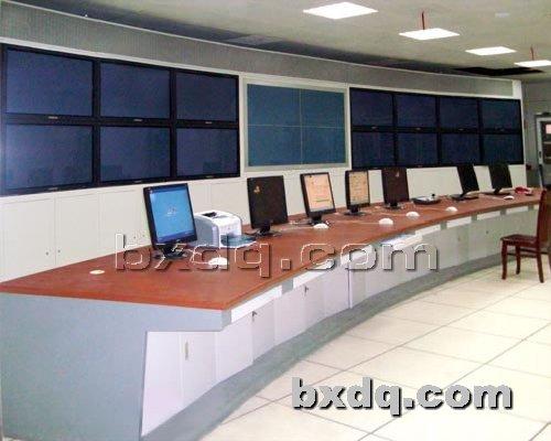 监控杆网提供生产弧形操作台厂家